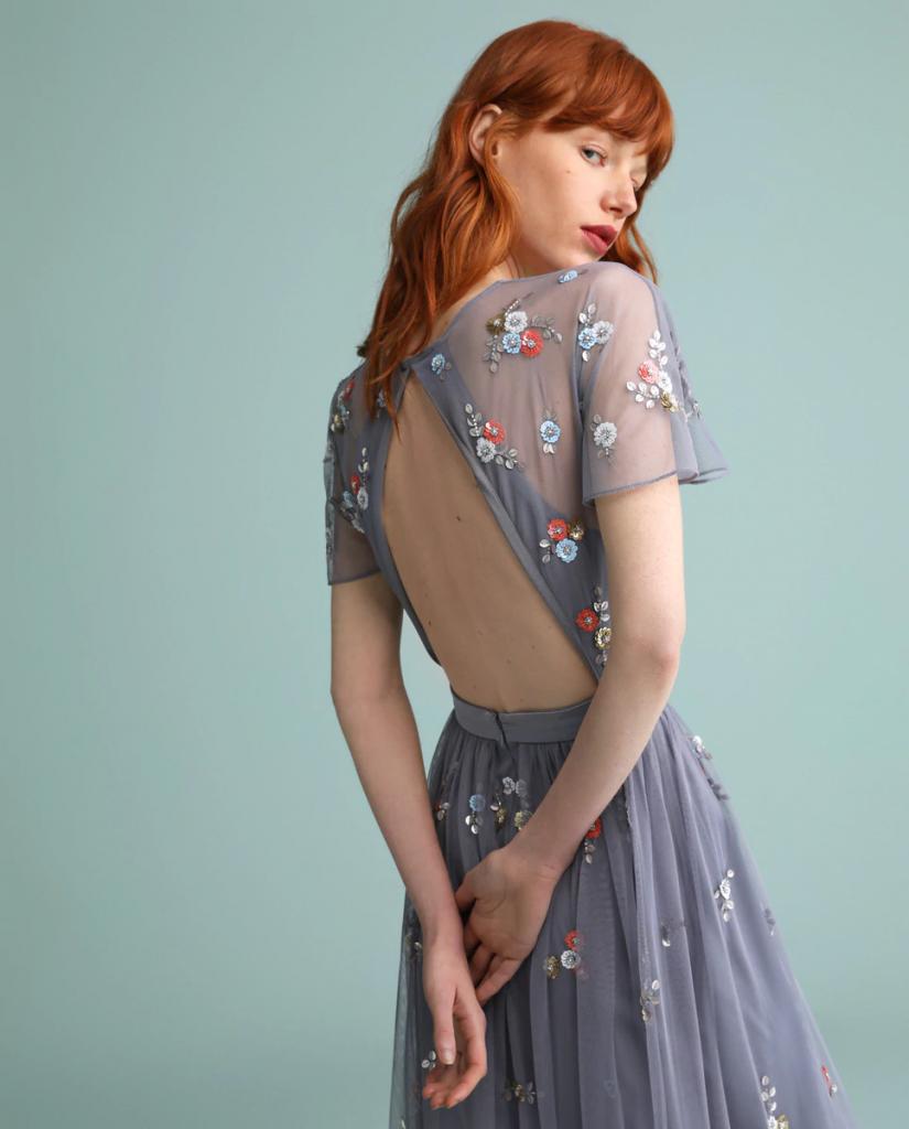 vestido largo escote espalda flores Tintoreto