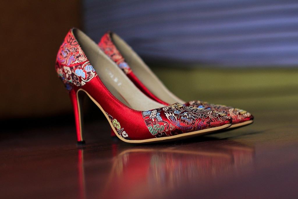 zapatos rojos tacon de aquja
